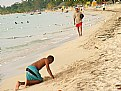 Picture Title - Jugando en la orilla