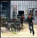 Picture Title - Run!