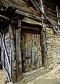 Picture Title - Old Barn Door