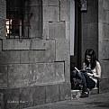 Picture Title - Leyendo en la calle - Reading Street